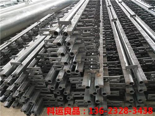 FSS40/60/80型钢管式浅槽锚固伸缩缝2